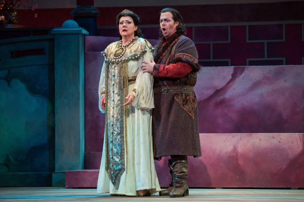 Soprano Brenda Harris as Turandot and tenor Jonathan Burton as Calaf.  Photo by Rod Millington and Sarasota Opera