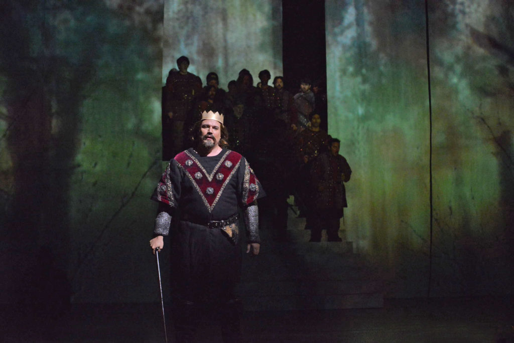Macbeth (Michael Chioldi) prepares for battle. Photo by Tom Grosscup.